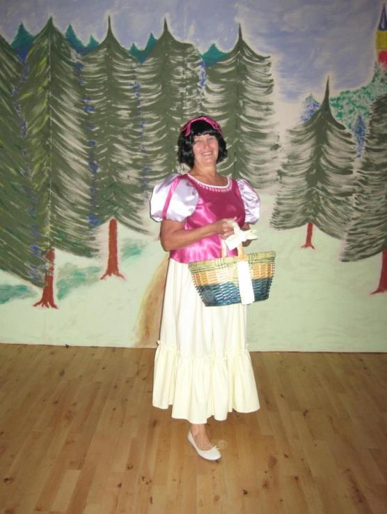 Snow White Played by Lorna
